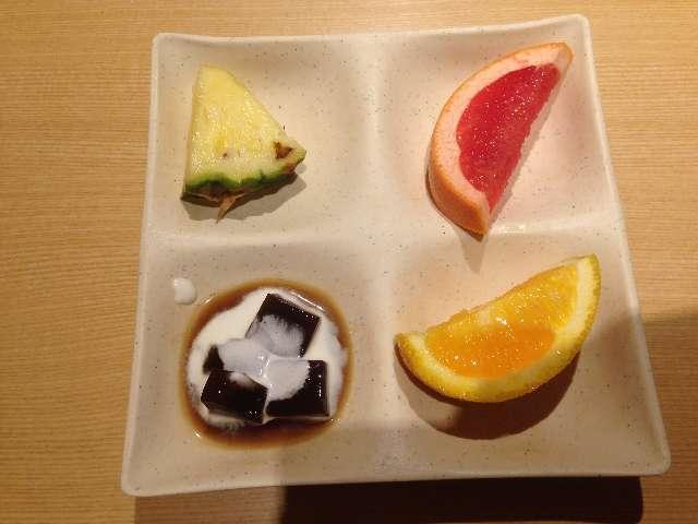 串揚げ食べ放題串家物語のフルーツ