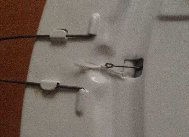 電気(蛍光灯)の紐が切れたときの直し方