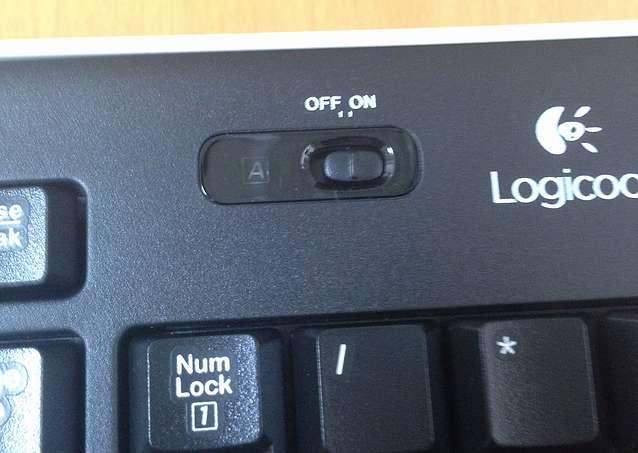 Logicool(ロジクール)のワイヤレスキーボード「K270」