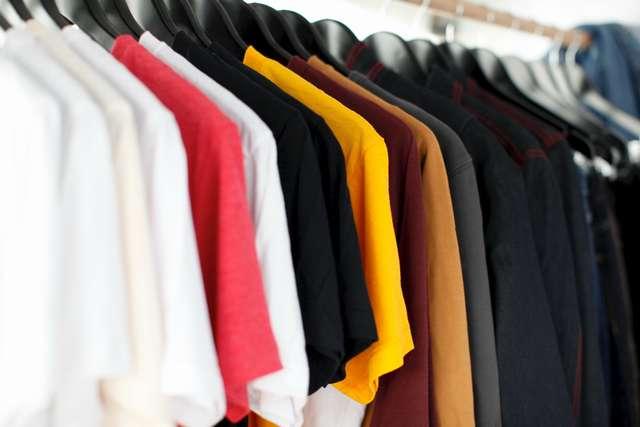 楽天買取が楽すぎる!不要な服を簡単に売ることができるよ!