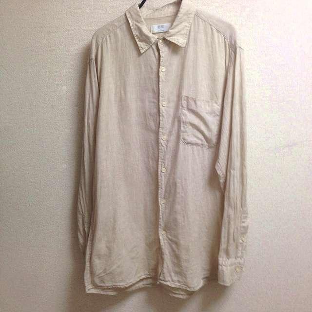 ユニクロのプレミアムリネンシャツ