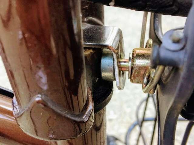 自転車のフェンダー(泥除け)を外して自分で交換修理する方法!