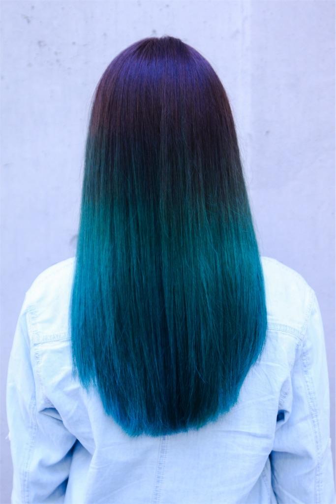 exidハニのhotpinkの髪色にヘアカラー