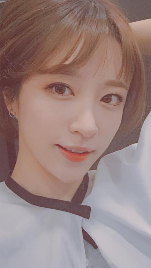 2016年韓国で流行りの前髪ハニちゃん(exid)
