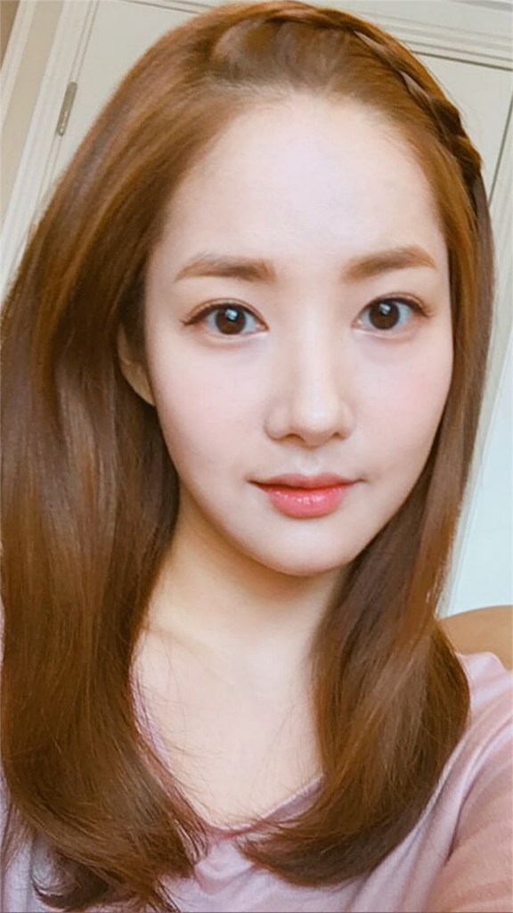 2016年韓国で流行りの前髪リメンバー-息子の戦争パクミニョンさん