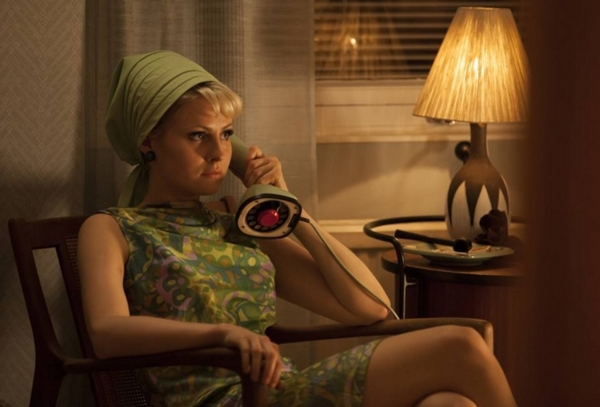 映画「ストックホルムでワルツを」、モニカ役のエッダ・マグナソン