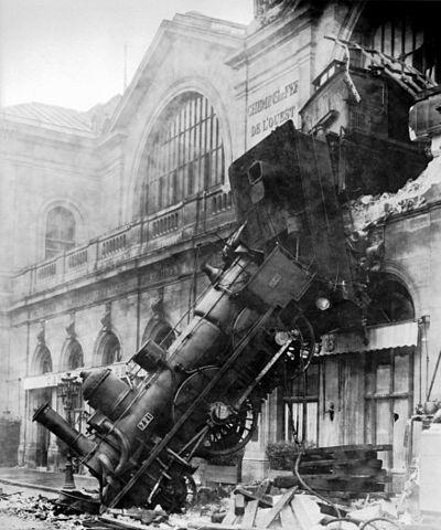 1895年モンパルナス駅列車事故