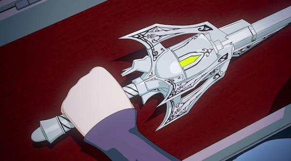 アニメ「RWBY(ルビー)Volume 4」7話より、愛用の武器ミルテンアスターを手にするワイス