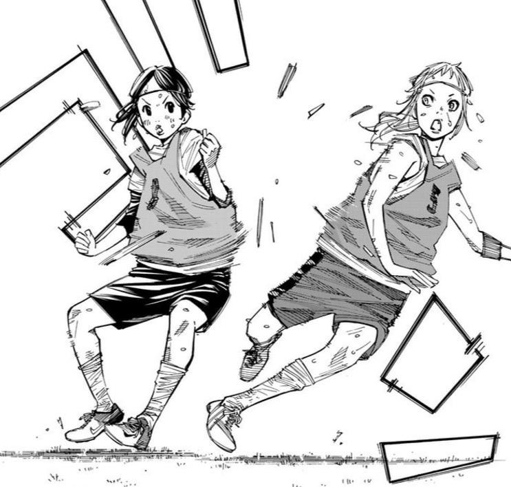 漫画「さよなら私のクラマー」(新川直司)9話より、恩田が九谷をぶっ飛ばす