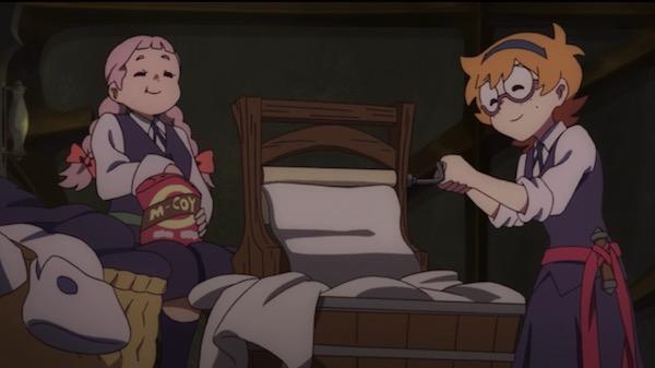 TVアニメ「リトルウィッチアカデミア」5話より、洗濯をするロッテとヤスミンカ