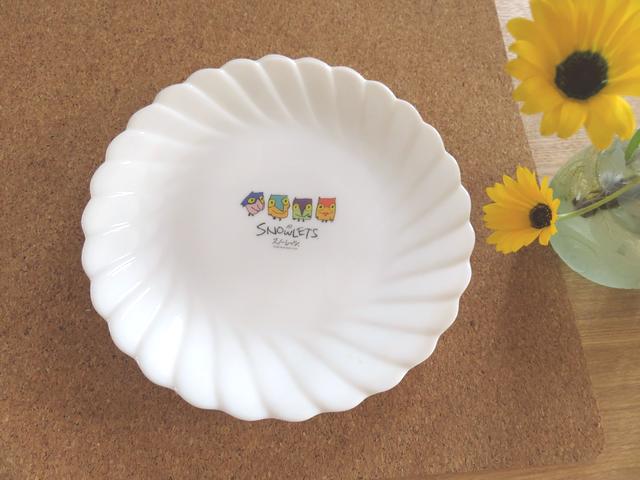 ヤマザキの白い皿