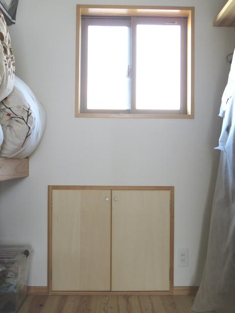 屋根裏収納の入り口の画像