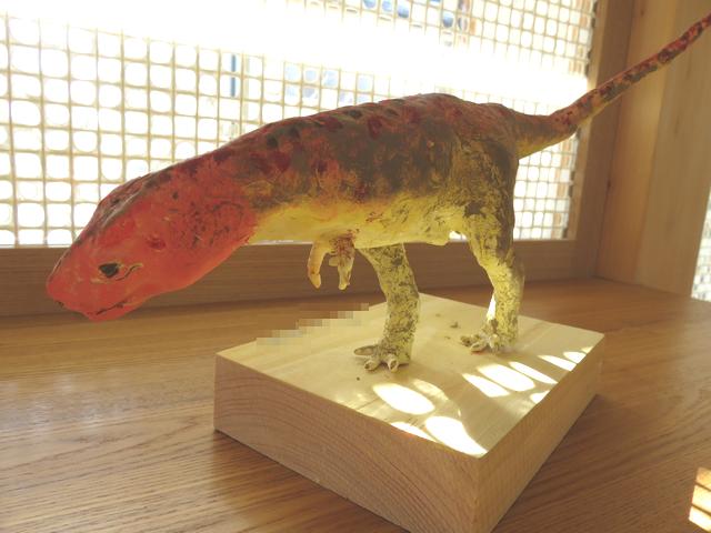 恐竜フィギュア教室の作品ティラノサウルスの画像