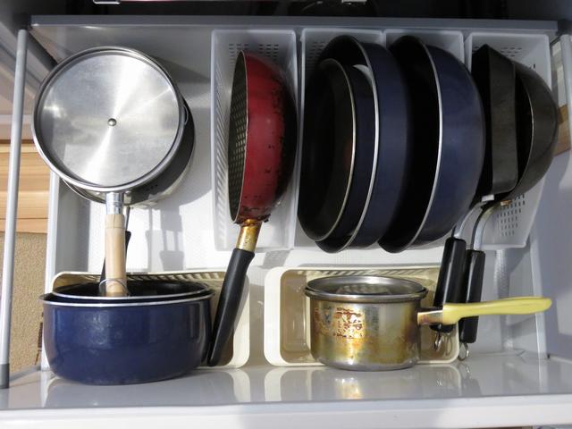 システムキッチンの収納を見直した後の画像