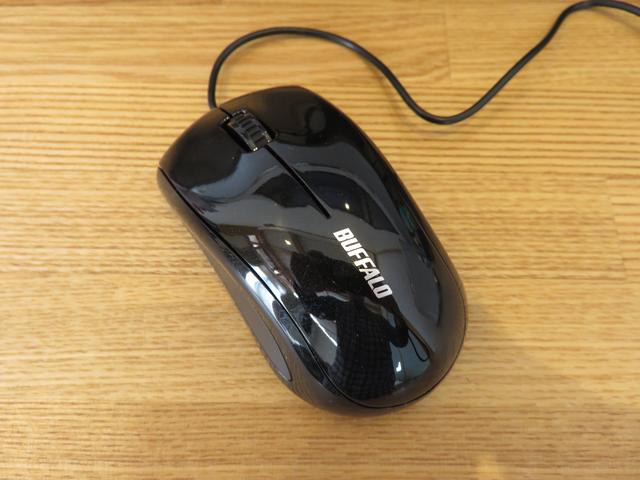 バッファローのマウスの画像