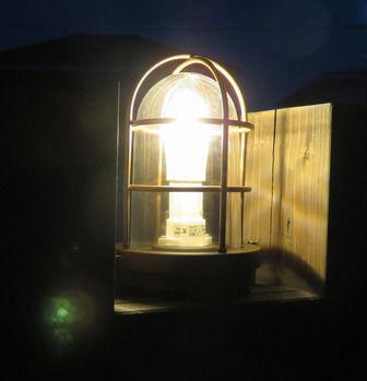 夜灯りがともるマリンライト