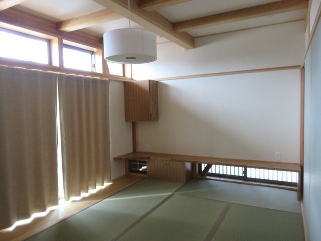 和室の居間