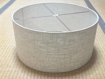 シンプルな布製シェード