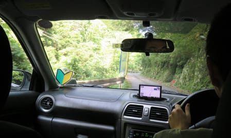 山道ドライブの様子