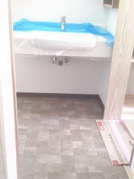 洗面所床リリカラLH80561