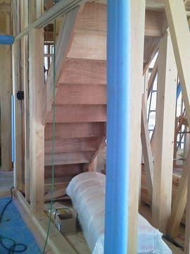階段下の押入れ