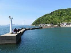 佐柳島の突堤