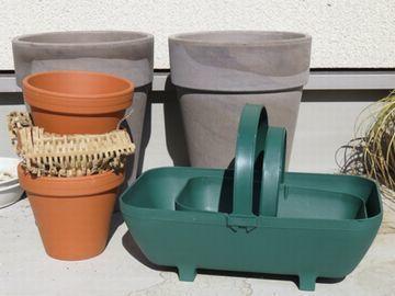 スパング社の植木鉢とガーデンツール入れ