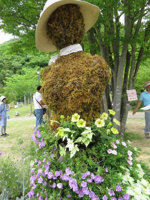 花の寄せ植えのドレス