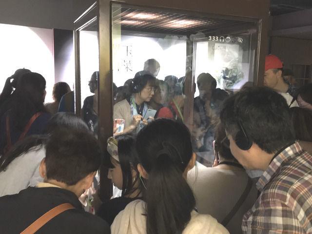 故宮博物院の白菜にむらがる人たち