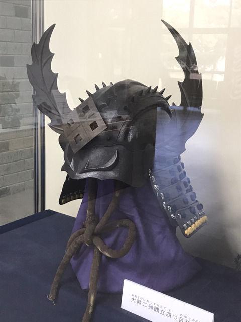 丸亀市立資料館の兜の展示