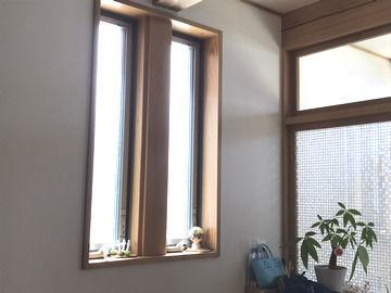 修理を終えたYKKAP 縦すべり窓の画像