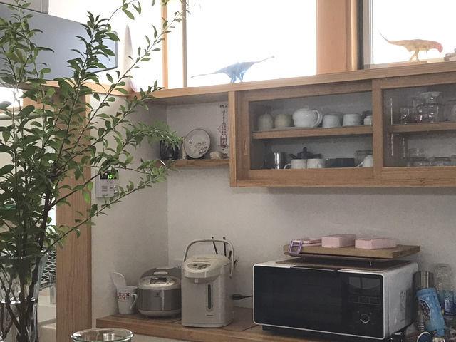 キッチン前のカウンター
