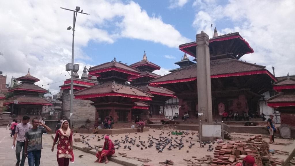 ネパールひとり旅~ダルバール広...