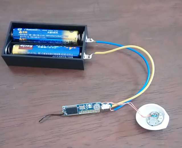 AirPodsもどきの電源を乾電池に交換