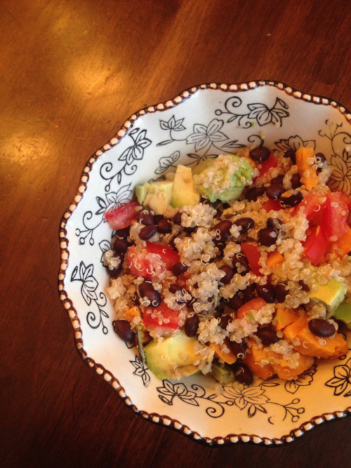 smudgedwithmangos: Colorful Quinoa Yummies shouldn't be blah!...