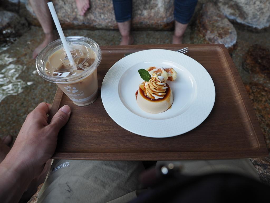 湯田温泉 狐の足あと 秋川牧園のたまご村プリンとアイスカフェオレ