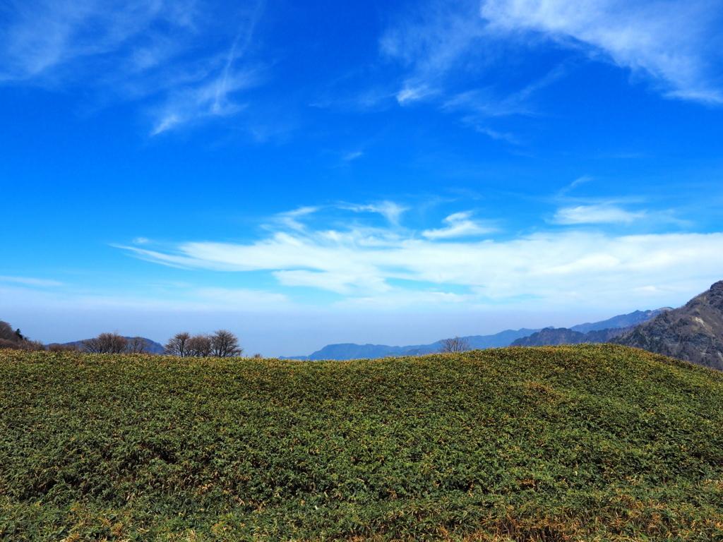 伊予富士 南側の青空