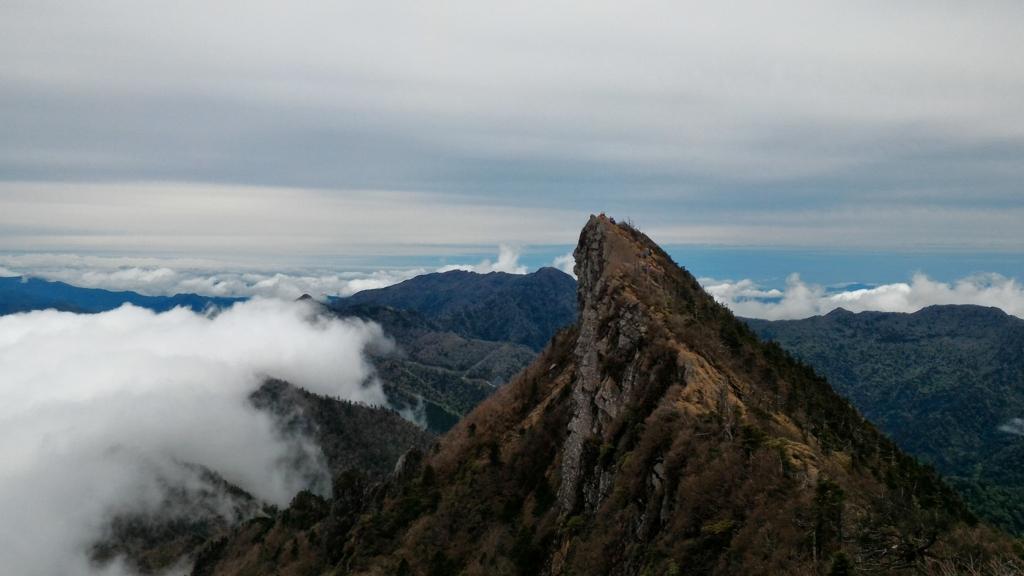 カメラが欲しくなったきっかけ 石鎚山と雲海