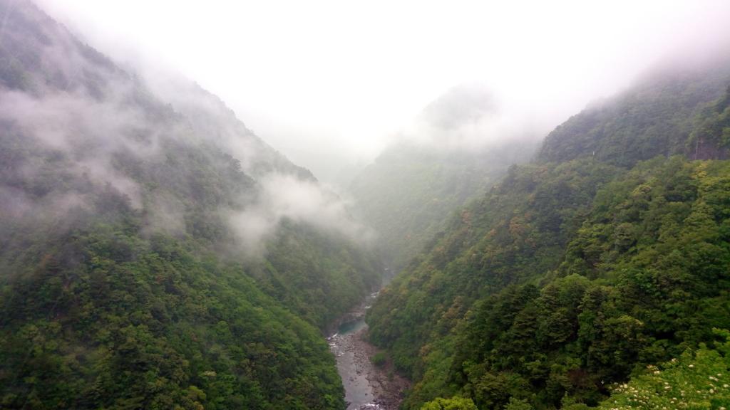祖谷渓谷 雲と同じ目線