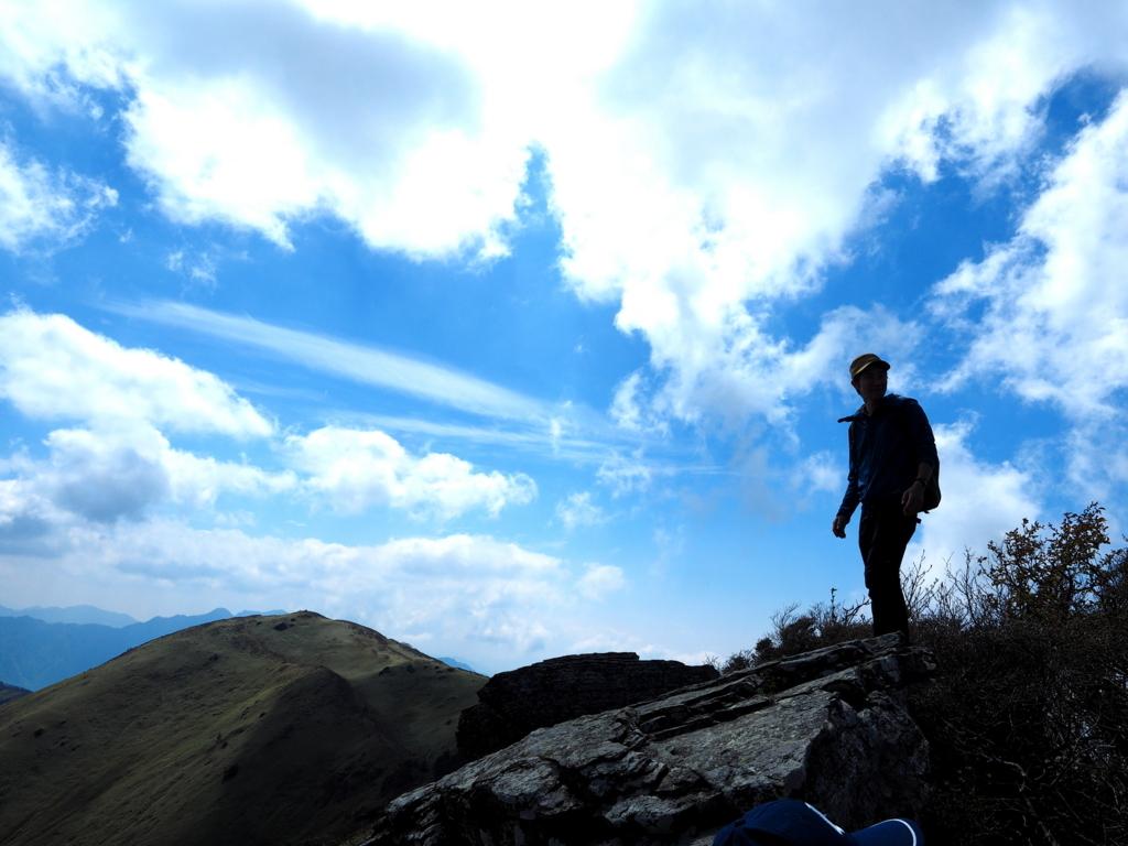 笹ヶ峰 ちち山山頂での青空は近い