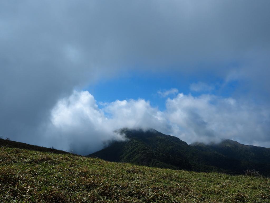 丸笹山からの剣山
