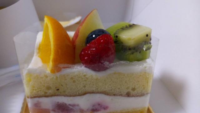 シャトレーゼ,フルーツぎっしりショートケーキ