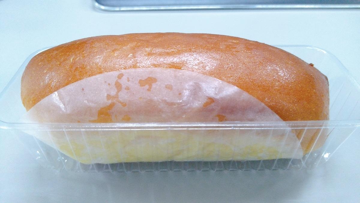 志津屋 クリームパン