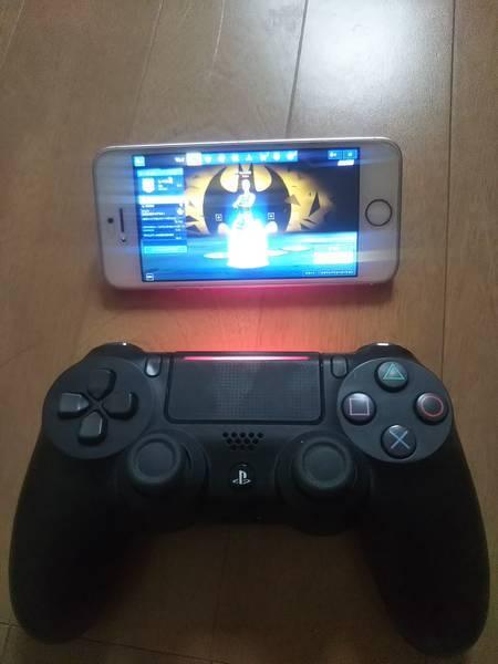 PS4のコントローラーとiPhoneSE