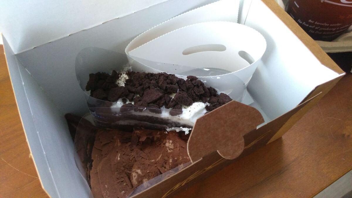 マックカフェバイバリスタのケーキ持ち帰りは保冷剤付き