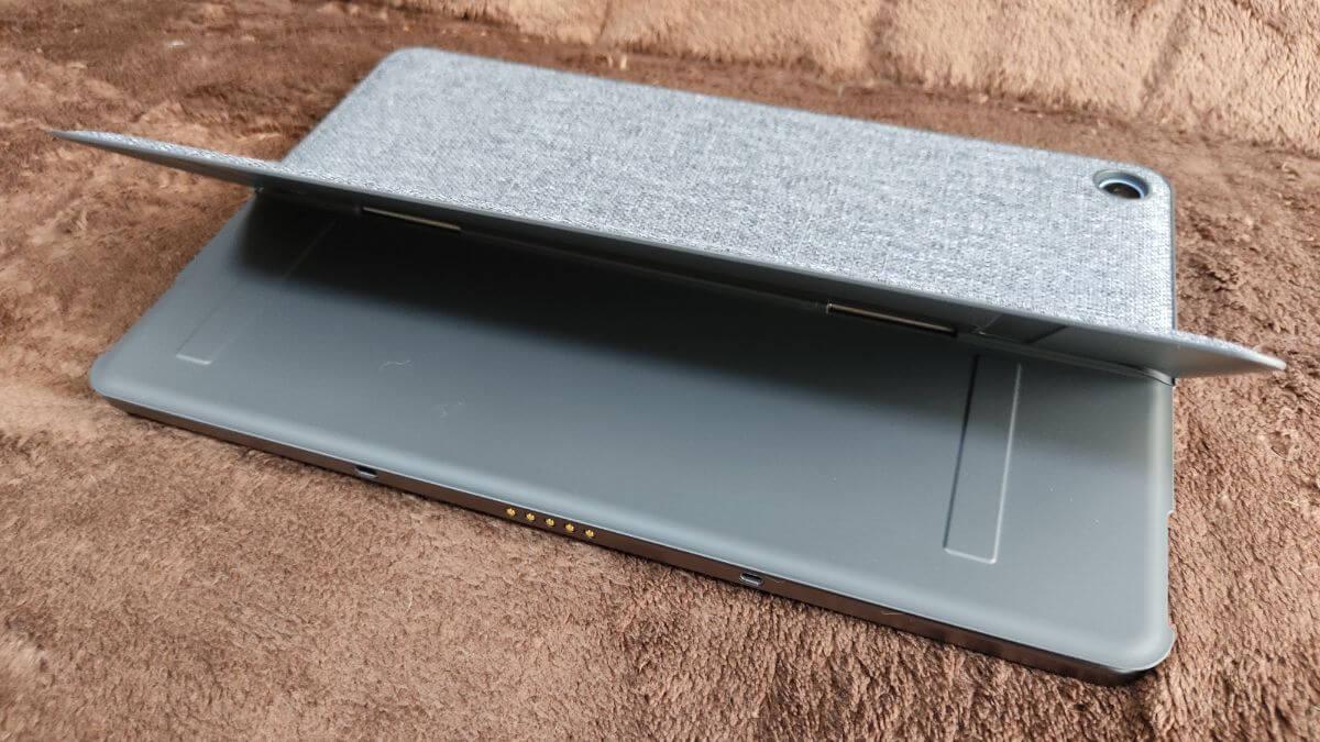 Chromebook Ideapad Duetのスタンドカバーのスタンド部分