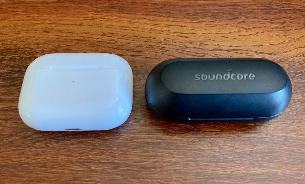 AirPods Pro と Anker Soundcore Liberty Lite