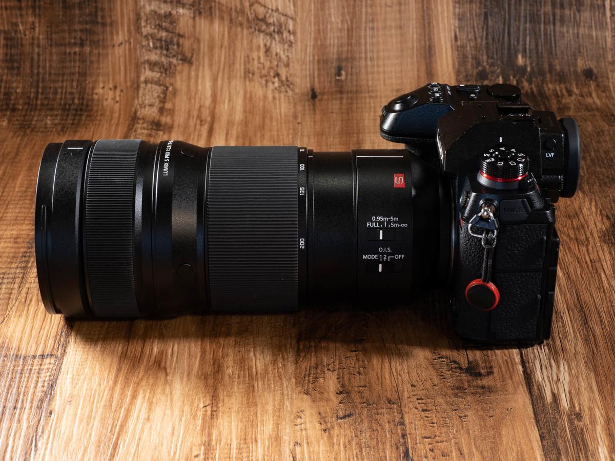 LUMIX S PRO 70-200mm F2.8 O.I.S.