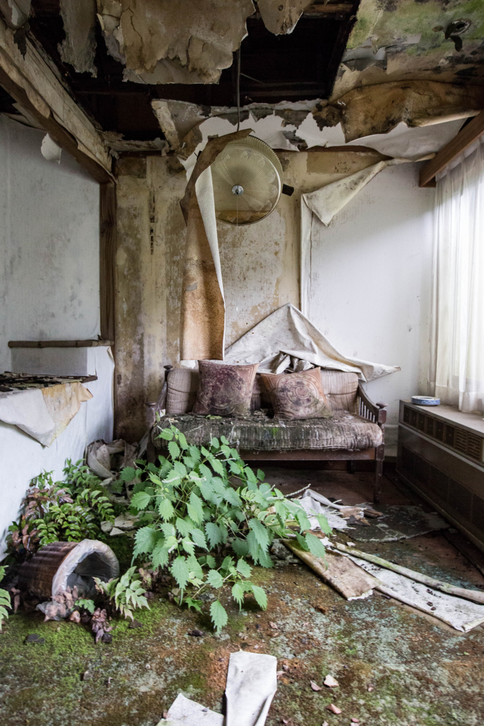 スタジオのような廃墟
