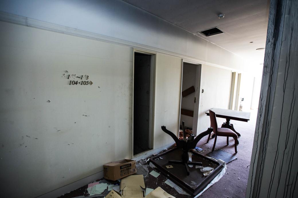 一階ゲストルームの廊下